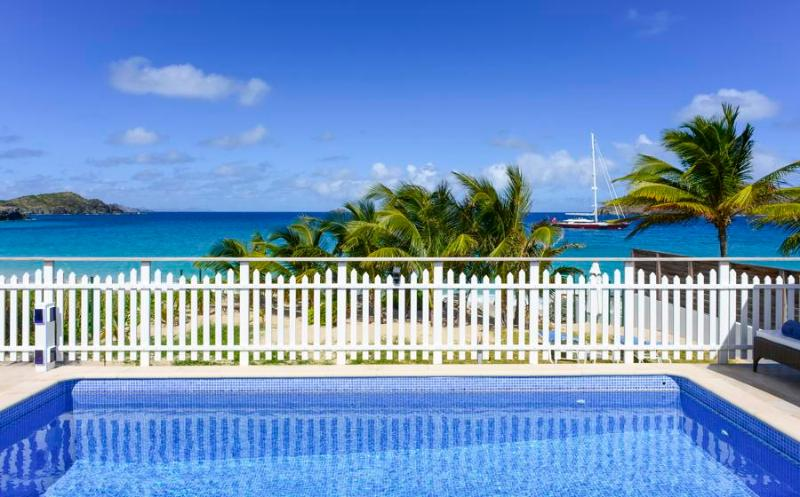 True Beachfront Location, Ideal for Families, Pool & Beautiful Gardens - Image 1 - Saint Barthelemy - rentals