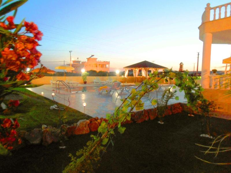 Villa Spring private swimming pool - Luxery 4 en-suit Bedrooms villa with Private Swimm - Akbuk - rentals