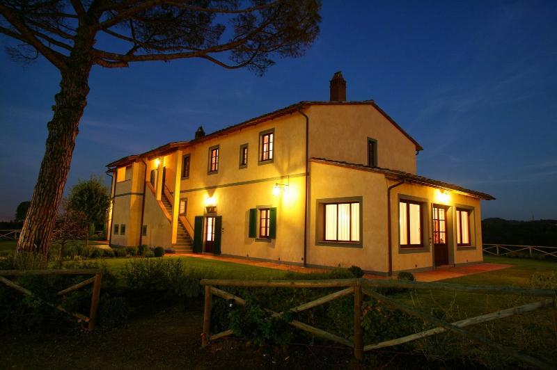 Villa Altea - Image 1 - Montopoli in Val d'Arno - rentals