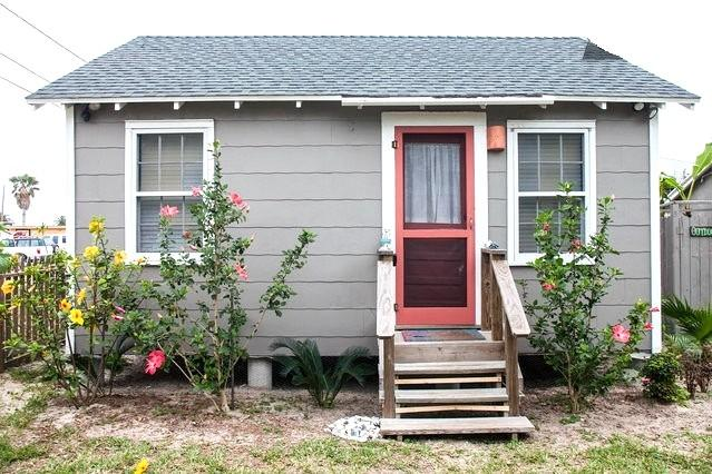 Sea Biscuit Cottage - Sea Biscuit Cottage in Old Town - Port Aransas - rentals