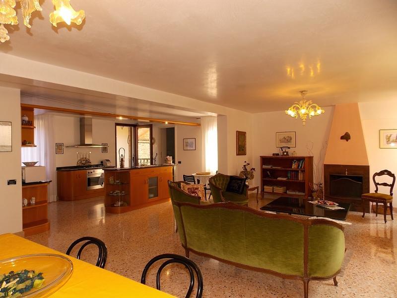 Ca' Lucia - Image 1 - Venezia - rentals