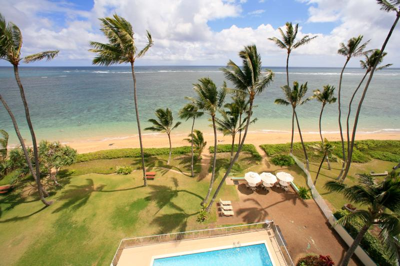 View from main lanai - Penthouse Paradise; beachfront 3 bedroom, sleeps 8 - Hauula - rentals
