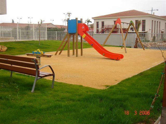 Zona de juegos para niños - Vivienda con garaje en urbanizacion con piscinas, - Denia - rentals
