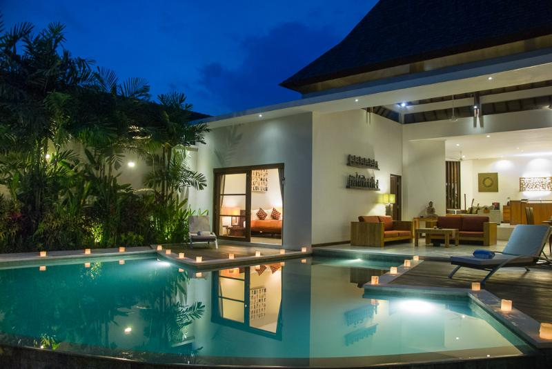 Villa Suliac - Infinity Pool by night - SUPER SPACIOUS 3 BED, GREAT LEGIAN LOCATION - Legian - rentals