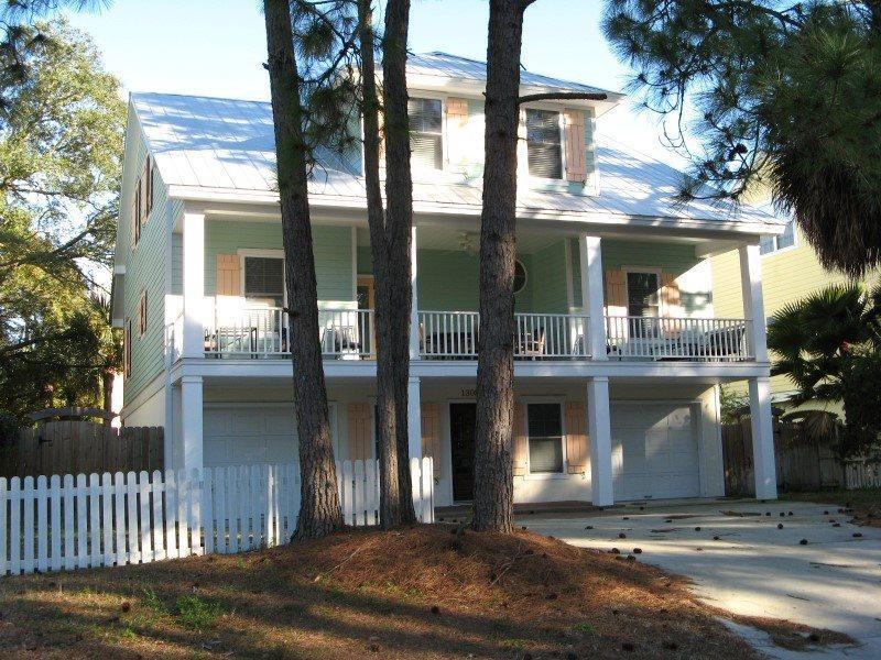 1308 Lovell Avenue - Modern Tybee Beach House - Hot Tub - FREE Wi-Fi - Image 1 - Tybee Island - rentals
