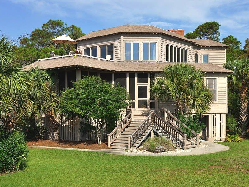 #4 9th Street - Panoramic Vistas of Tybee Beach at this Exceptional Historic Tybee Island Beach House - Image 1 - Tybee Island - rentals