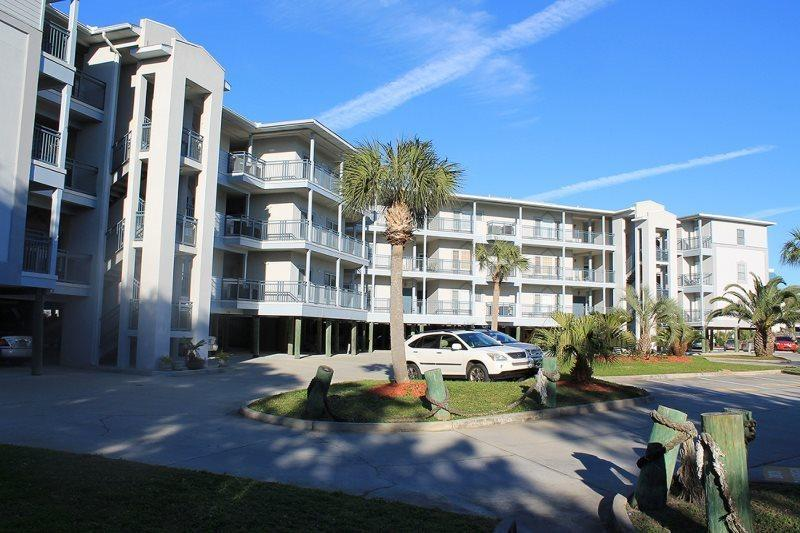 Savannah Beach & Racquet Club Condos - Unit C301 - Water Front - Swimming Pool - Tennis - FREE Wi-Fi - Image 1 - Tybee Island - rentals