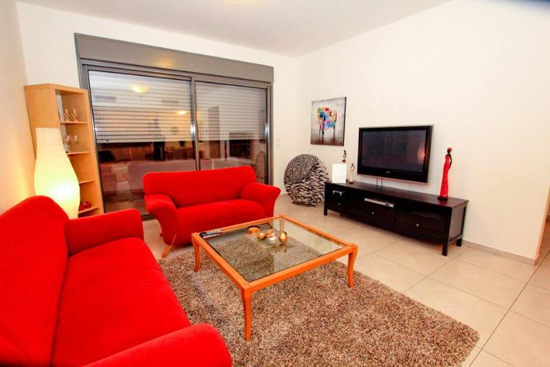 Apartment near Weizmann Institute - Image 1 - Rehovot - rentals