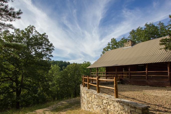 Cinnamon Valley - 'The Cattleman' - Image 1 - Eureka Springs - rentals