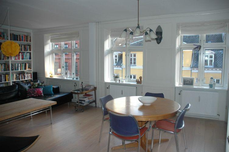 Faelledvej Apartment - Large Copenhagen apartment in the heart of Noerrebro - Copenhagen - rentals
