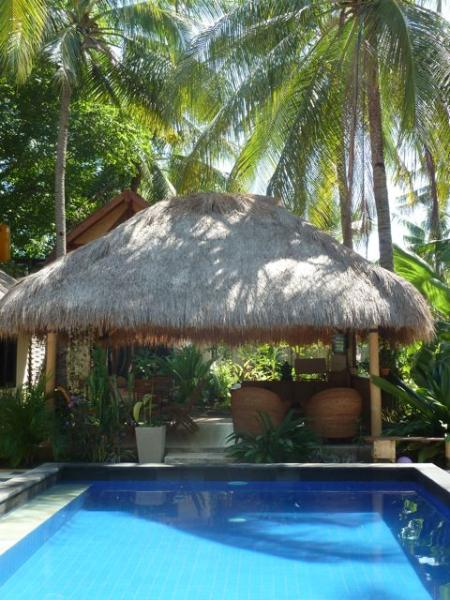 view across the pool - Eden Cottages: Peaceful oasis on Gili Trawangan - Gili Trawangan - rentals