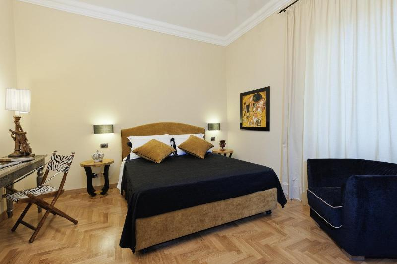 Colosseum Luxury Apt. 2 bedrooms free wifi jacuzzi - Image 1 - Rome - rentals