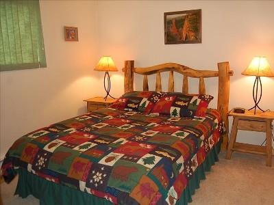 Master Bedroom with ensuite bath - 2/2 Ski Condo Minutes to Winter Park - HD and WIFI - Fraser - rentals