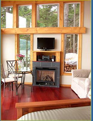 Fireplace - Bowen Waterfront Cottage - Bowen Island - rentals