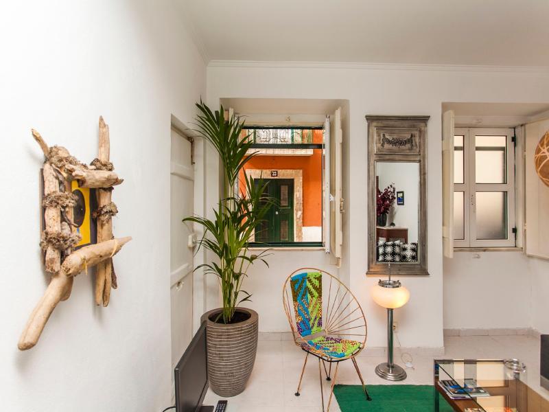 Lisbon Home Cool Apartment 1 - Image 1 - Lisbon - rentals