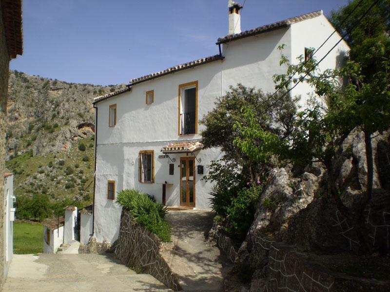 Front of B&B in alley of village Montejaque - Small B&B in Montejaque near Ronda in Andalucia - Montejaque - rentals
