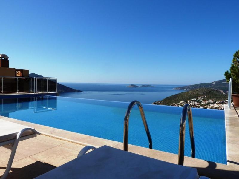 5 Bedroom Villa in Kalkan / Turkey - Villa CINA - Image 1 - Kalkan - rentals