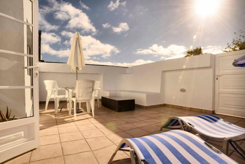 Spacious Terrace - Casa Capricho, Winter Sun Retreat - Puerto Del Carmen - rentals