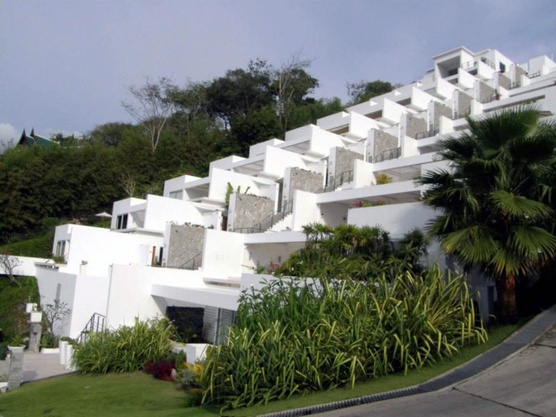 A stunning view as you come up the winding local road. - Commanding view of the Andaman Sea and Sunsets 5 - Kamala - rentals