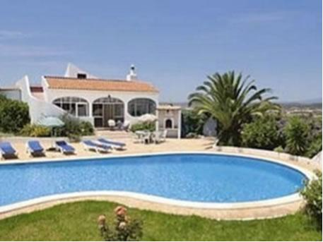 2 bedroomed farmhouse with stunning pool area and air conditioning is surrounded by mature gardens - Casa Vista Bonita - 2 bedroom farmhouse with pool - Silves - rentals