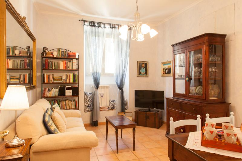 Living room - Elisa's House Holiday Apartment in Rome - Rome - rentals