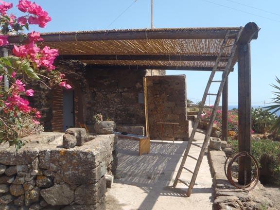Autentico Dammuso Pantesco - Ancient Dammuso - Image 1 - Pantelleria - rentals