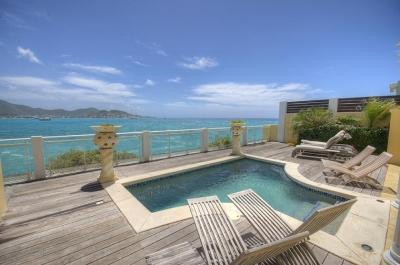 Lavishing 5 Bedroom Waterfront Villa in Beacon Hill - Image 1 - Beacon Hill - rentals