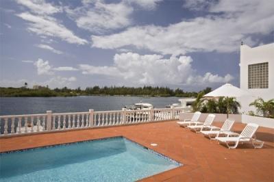 4 Bedroom Golf Course Villa in Pointe Pirouette - Image 1 - Maho - rentals