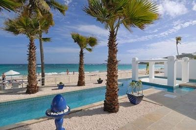 Enthrawling 3 Bedroom Beachfront Villa on Dawn Beach - Image 1 - Dawn Beach - rentals