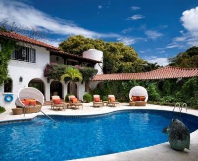 Large 8 Bedroom Estate on Sandy Lane Beach - Image 1 - Sandy Lane - rentals