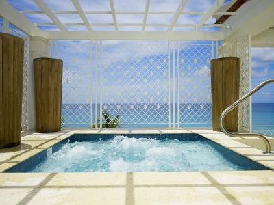 Elegant 4 Bedroom Penthouse in Paynes Bay - Image 1 - Paynes Bay - rentals