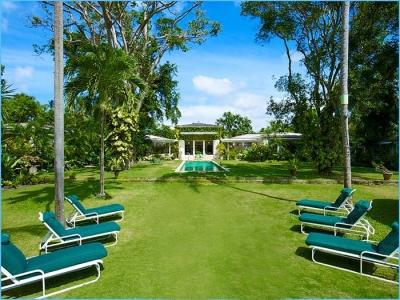 Looking toward the house from the garden. - Excellent 6 Bedroom Mansion in Speighstown - Speightstown - rentals