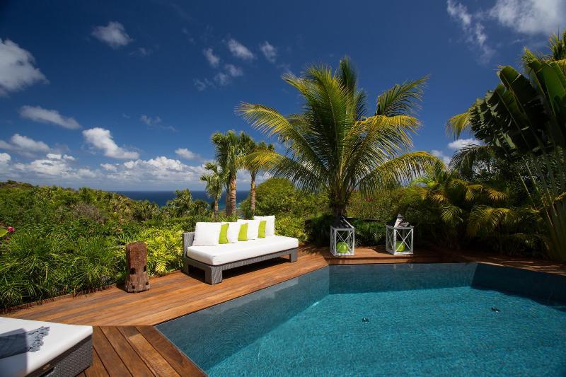 Modern 3 Bedroom Villa on the Hillside of Vitet - Image 1 - Vitet - rentals