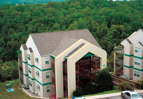 EAGLES NEST RESORT AT INDIAN POINT NEAR BRANSON - Image 1 - Branson - rentals