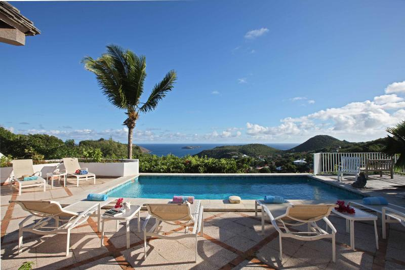 4 Bedroom Villa with View of Flamands Bay in Colombier - Image 1 - Anse des Flamands - rentals
