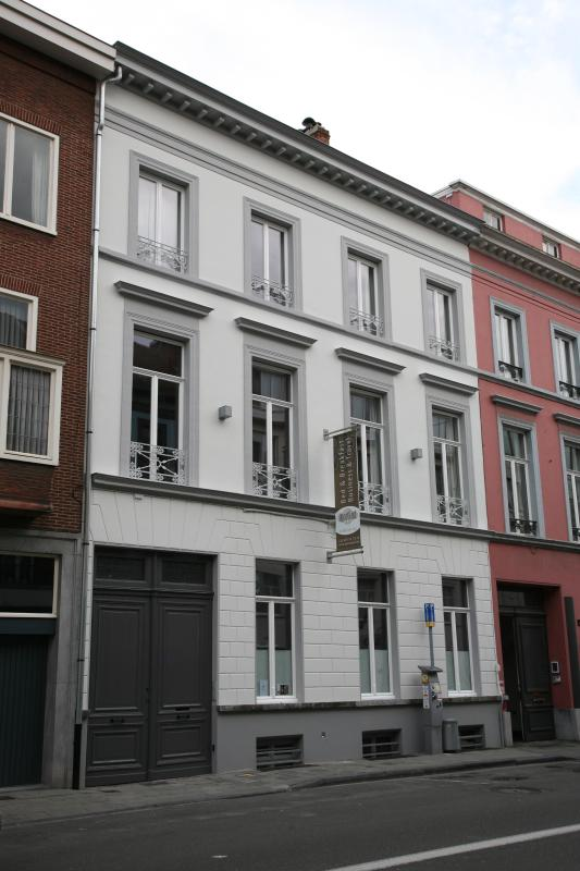 the front of the house - ApartGent Business & Travel Apartments center Gent - Ghent - rentals