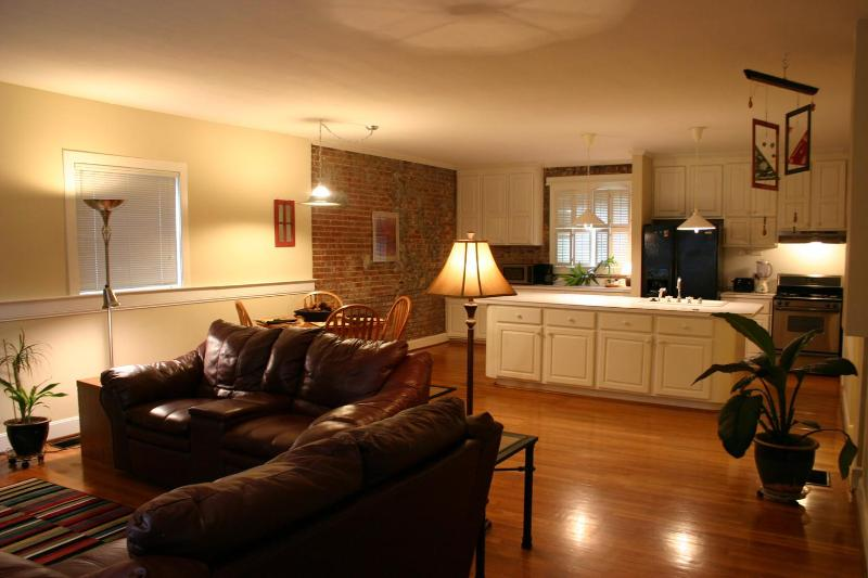 Living Room - Carriage House, First Floor - Louisville - rentals