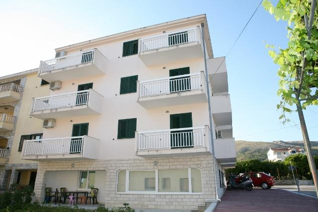 Apartments Betanija-Trogir - Image 1 - Seget Donji-Vranjic - rentals
