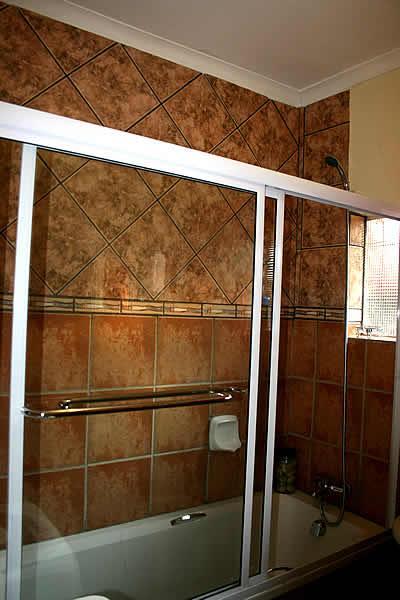 Bendor Bayete: Room 7 - Image 1 - Polokwane - rentals