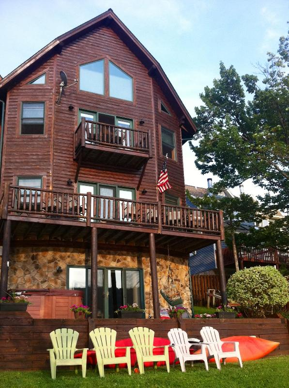 Beautiful Home on the Lake. Great views of Western Sunsets.  Dock with Boat Slip included - Cedar Shores #1  Lakefront Home with Boat Dock!! - McHenry - rentals