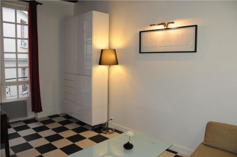 Studio Hotel de Ville - Marais - Image 1 - Paris - rentals