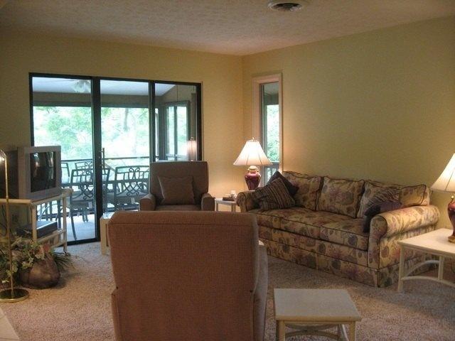 Living Room - 093-3 - Bronston - rentals
