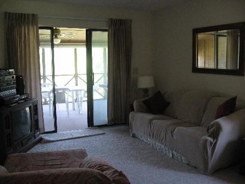 Living Room - 054-3 - Bronston - rentals