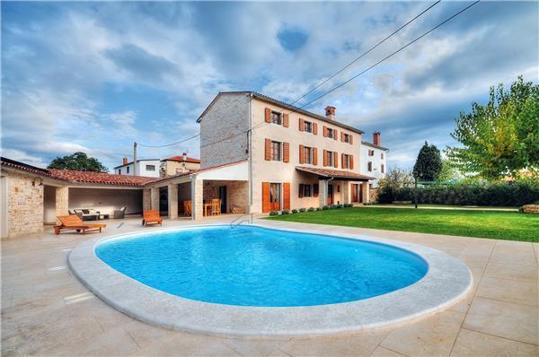 5 bedroom Villa in Bale, Istria, Croatia : ref 2233331 - Image 1 - Golas - rentals