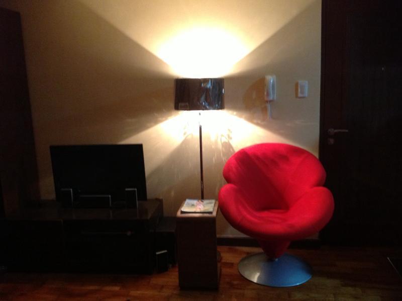 Entrance and reading chair - Lovely Studio at Mosaic Greenbelt, Makati City - Makati - rentals