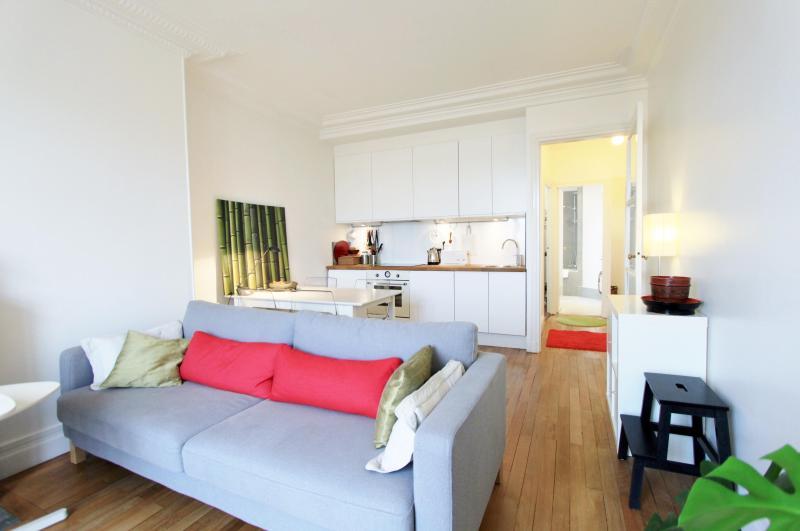 La motte: Charming Apartment near Eiffel Tower - Image 1 - Paris - rentals