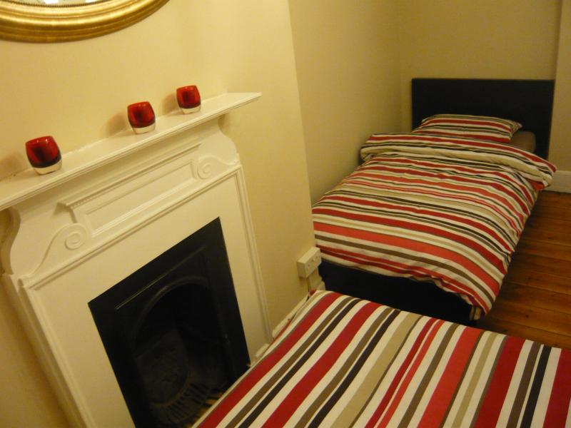 Two bedroom apartment moments from British Museum - Image 1 - London - rentals