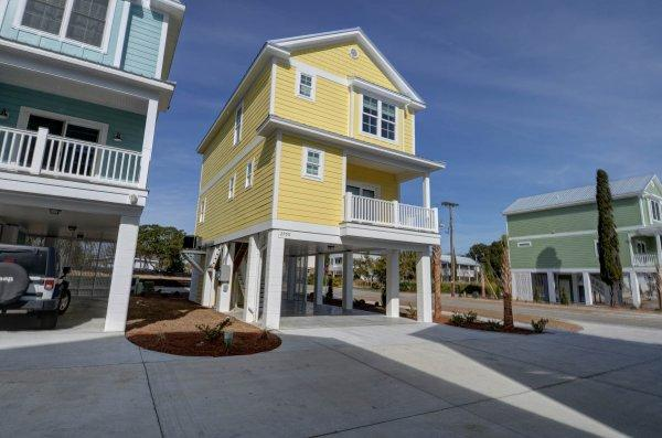 Exterior View 2 - South Beach Cottages - 2700 - Cherry Grove Beach - rentals