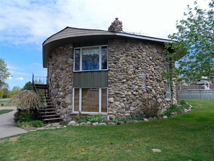 West Lake Roundhouse - Image 1 - Prince Edward County - rentals