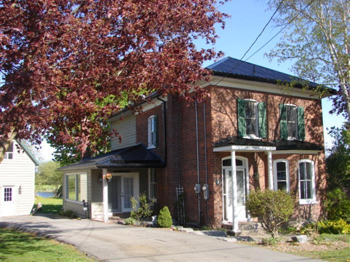 Summerfield on Mill Pond - Image 1 - Prince Edward County - rentals